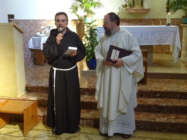 10-Fra Antoni agraiment